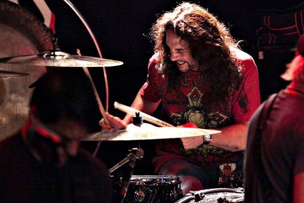 Бывший барабанщик Megadeth умер на сцене прямо во время концерта Megadeth, Знаменитости, Смерть, Металл, Рок