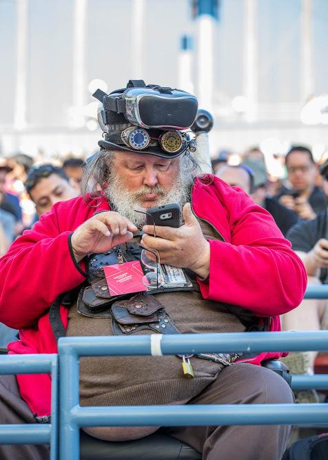 Средний пользователь пикабу через 30 лет Фотография, Гик, Google IO