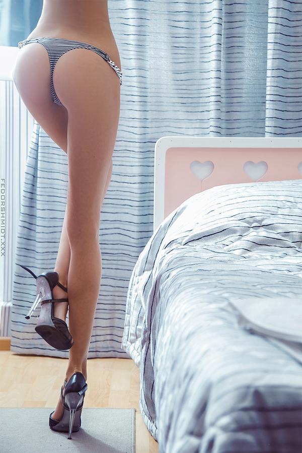 Голая самая худенькие попки в мире