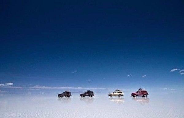 Гигантское зазеркалье — солончак Уюни в Боливии. Зазеркалье, Боливия, Красота, Природа, Фото, Планета, Удивительное, Фотография, Длиннопост