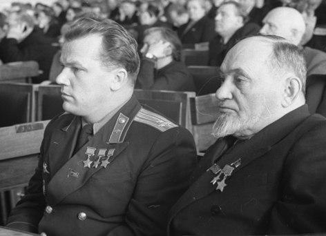 Иван Кожедуб и Сидор Ковпак.