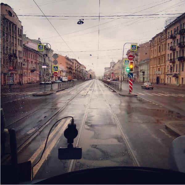 seks-v-moskovskom-tramvae-video-telochki-video