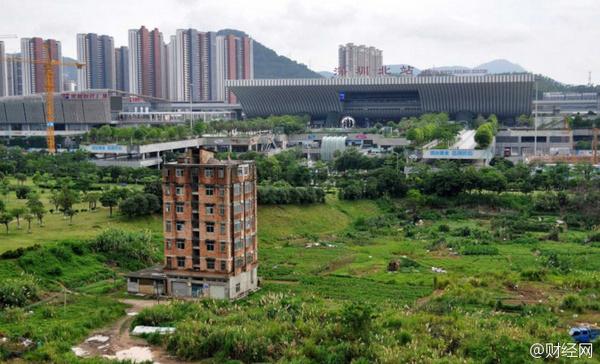 19 лет китайская семья не соглашается продать участок Китай, Китайцы, Снос, Шэньчжэнь, Длиннопост
