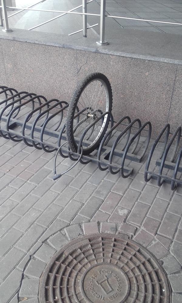 Отдам колесо