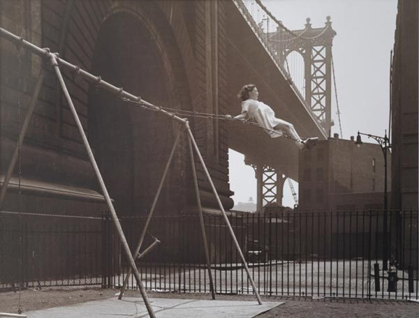 Нью-Йорк - девушка на качелях Нью-Йорк, Качели, Девушки, Манхэттенский мост, США, 1947, Видео, Длиннопост