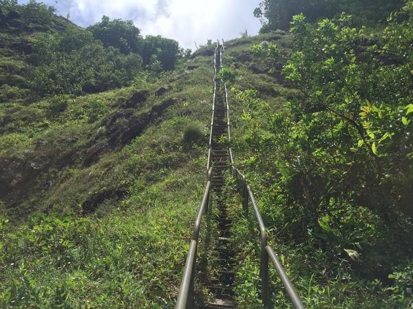 Лестница в Небо (Haiku Stairs) Гавайи, Haiku Stairs, Лестница в Небо, Stairway to Heaven, Горы, Гонолулу, Облака, Длиннопост