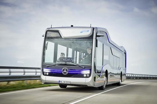 Mercedes-Benz показал возможности беспилотного автобуса на реальном 20-километровом маршруте Концепт, Беспилотник, Будущее, Видео, Мерседес, Длиннопост