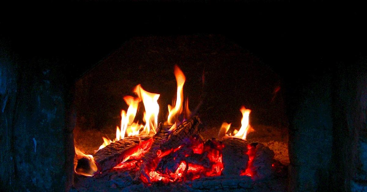 Гифка огня в камине