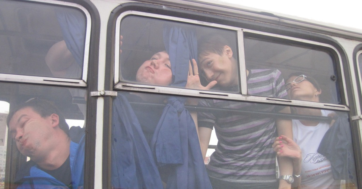 Оргии в автобусе порно