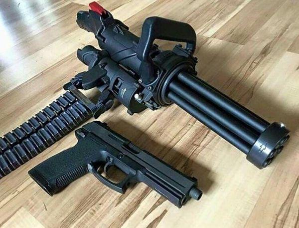 "XM556 Microgun - самый маленький в мире ""Миниган"" Оружие, Minigun, M134, Xm556 Microgun, Видео, Длиннопост"