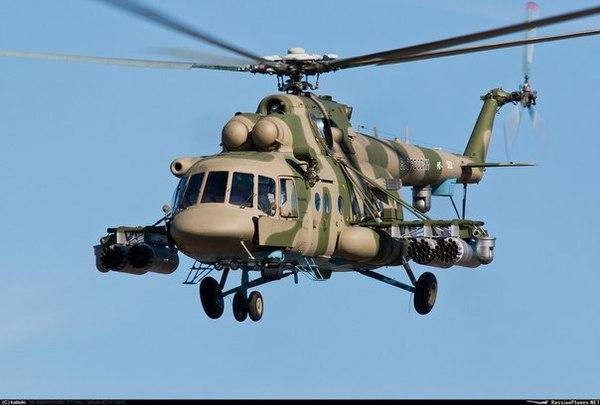 В Сирии в провинции Идлиб сбит российский вертолет Ми-8 с тремя членами экипажа и двумя офицерами