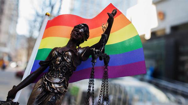 Суд Новосибирска признал незаконным отказ в трудоустройстве из-за гомосексуальности Геи, ЛГБТ, Новости