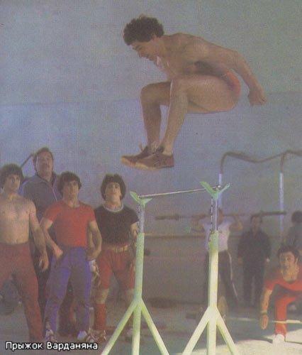 Штангист прыгающий в высоту 212 см, реальность или Фантастика? Спорт, Штангист, Тяжелая атлетика, Прыжок, Бег, Длиннопост