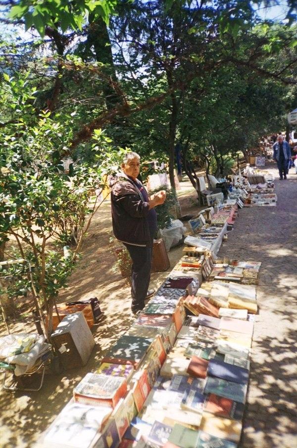 Блошиный рынок Тбилиси. Грузия. Тбилиси, Грузия, Рынок, плёнка, винтаж, ретро, раритет, старые фотоаппараты, длиннопост