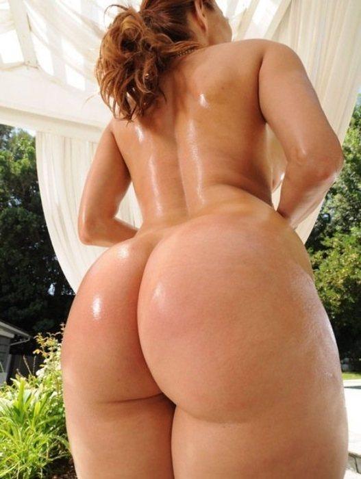 Фото женщин голые большие попки
