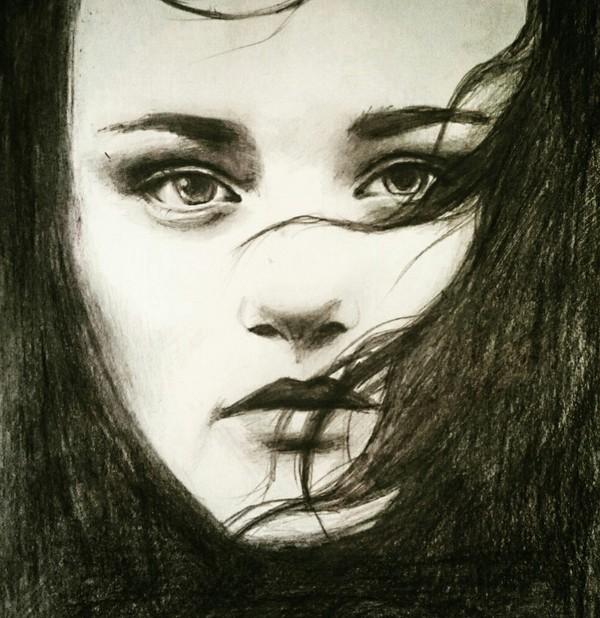 Рисовать не училась, так, для себя иногда пытаюсь)