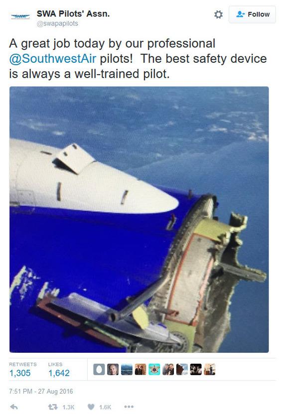 В США пилоты успешно посадили Boeing с развалившимся в воздухе двигателем Гражданская авиация, США, Пилот, Самолет, Twitter