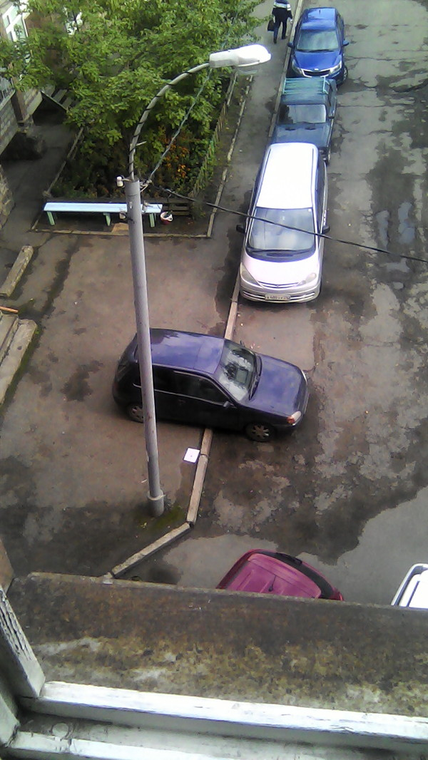 Так паркуются девушки)))) Девушки, Машина, Парковка, Длиннопост