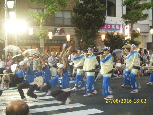 Первая вылазка в кафе и Ава-Одори - японский танец дураков. Япония, Традиции, Танцы, Видео, Длиннопост