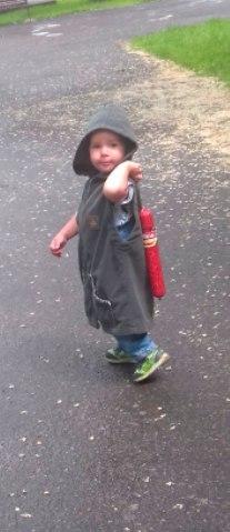 Отдай колбасу, я все прощу! Вот такой пацанчик гулял в парке... Дети, Колбаса, Фото, Парк, Длиннопост