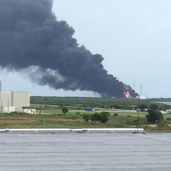 Ракета Falcon 9 взорвалась на стартовом комплексе во Флориде события, происшествие, космос, Falcon, spacex, флорида, ракетостроение, mailru, длиннопост