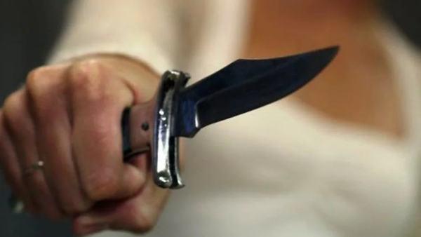 Убившую мужчину школьницу оправдали в суде Костанайской области. Казахстан, Самооборона, Школьницы, Nurkz