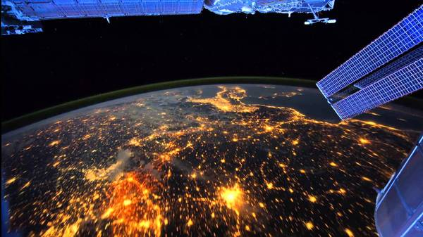 А вот и моё рабочее место Работа, Рабочее место, Обман, Наедалово, Все врут и я совру, Интернет в космосе