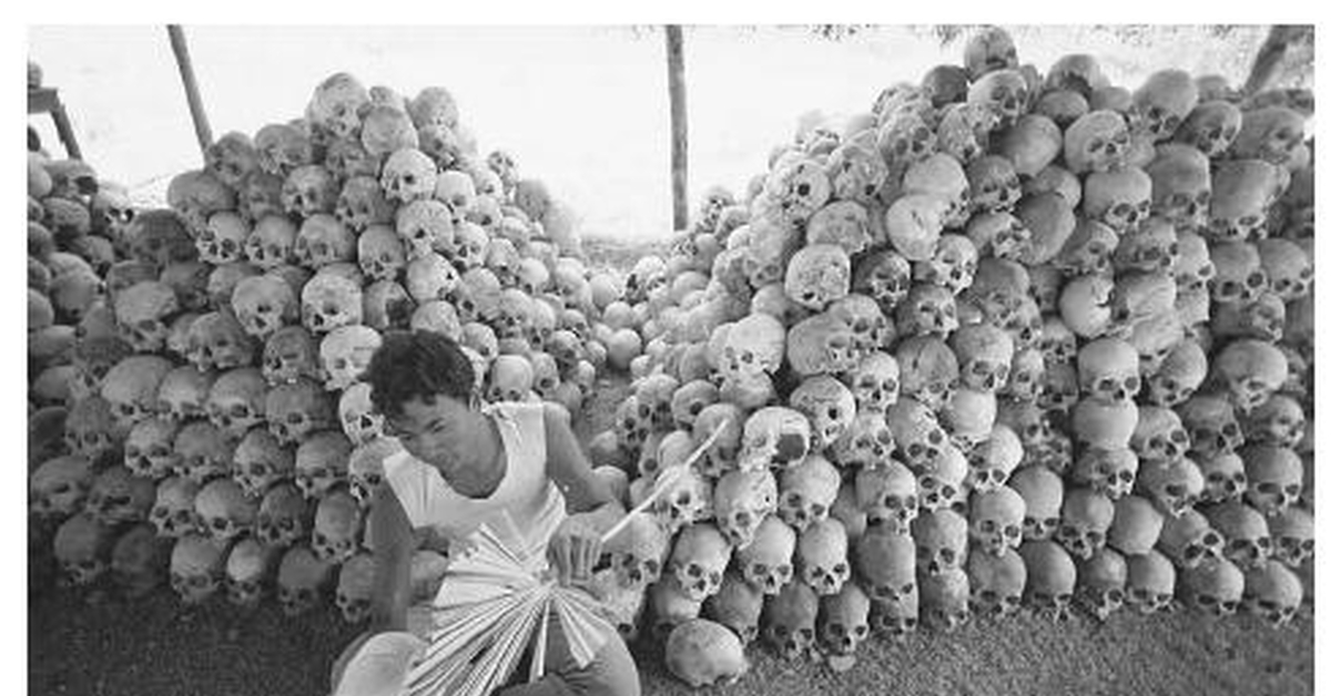 the khmer rouge essay The communist party of kampuchea (cpk), otherwise known as the khmer rouge  from january to august 1973, the khmer republic government.