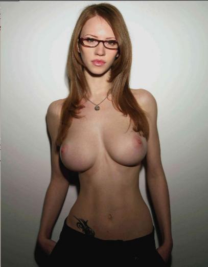 худышка с большой грудью