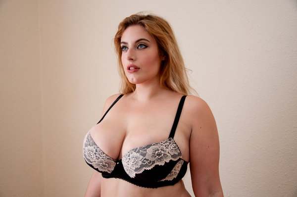 Photos strip tease bbw