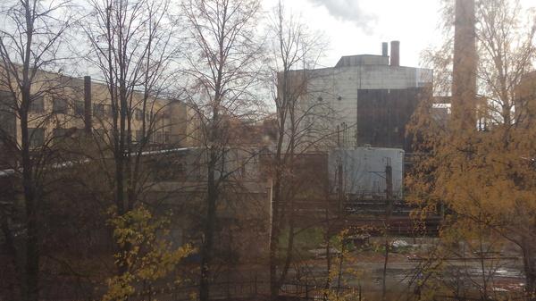 """Вид на """"Зону отчуждения""""... Вид из окна, Боткинская больница, Зона отчуждения"""
