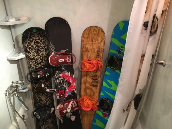 Как нужно хранить сноуборды.