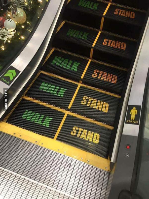 Эскалатор с надписями для не очень умных людей 9gag, Эскалатор, Для самых умных