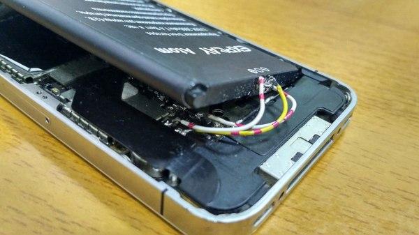 Когда у тебя есть руки и лишний аккумулятор Iphone, Аккумулятор, Криворукость