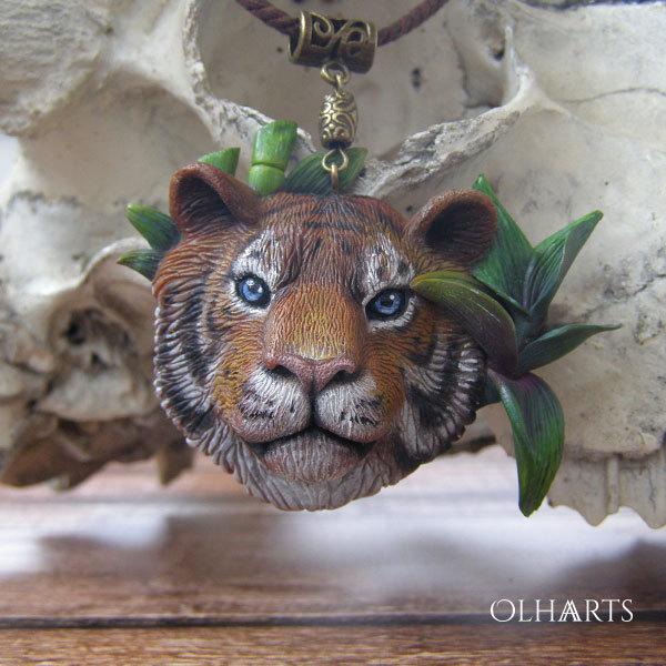 Тигр, тигр — огонь, горящий в глубине полночной чащи полимерная глина, украшения, тигр, ручная работа