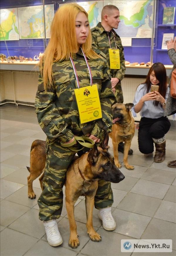 Девушка с собакой клоном Собака, Клонирование, Клоны, Девушки