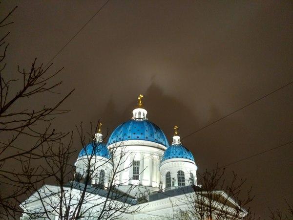Тень на небе. Санкт-Петербург, Троицкий собор, Текст, Xiaomi redmi note 3 pro