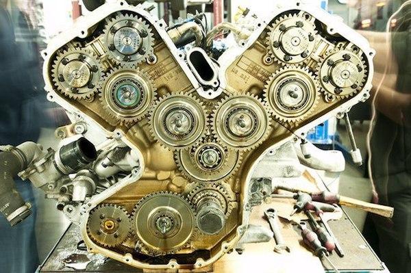 Почему бы навсегда не решить проблему периодической замены ремня ГРМ или цепи?! ДВС, ГРМ, Авто, Ferrari