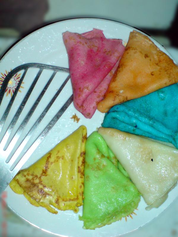 Разноцветные блинчики) Блины, Разноцветность, Тесто, Жареное, Кулинария, Еда, Масленица