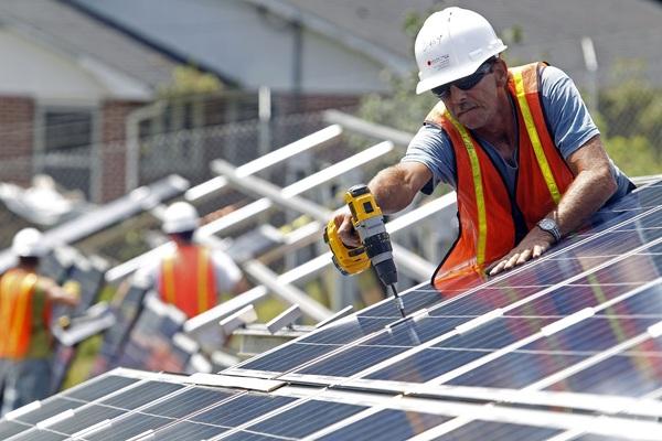 Число рабочих мест в сфере солнечной энергетики бьет рекорды. работа, новые технологии, экология, Илон Маск, Тесла, видео, длиннопост