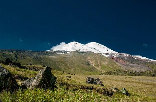 А вот немного Эльбруса в ленту... Горы, Эльбрус, Кавказ, Лето, Туризм, Длиннопост
