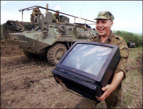 У військовій частині в Києві виявлено 176 тонн неякісної тушонки, - Міноборони - Цензор.НЕТ 879