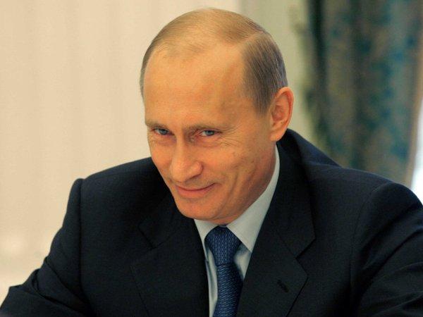 Американские дипломаты, которых Путин отказался высылать в США, теперь вынуждены мерзнуть в Москве. политика, twitter, мороз, коварность, Путин, дипломаты, США