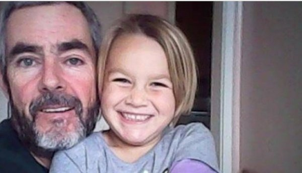 Новозеландец с дочерью выжили, месяц дрейфуя на яхте в Тасмановом море. океания, яхта, моряк профи, Крушение, открытое море, Папа, отцы и дети
