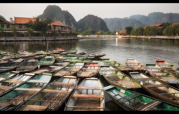 Лодки. Фото, фотография, Река, лодка, горы, Вьетнам, Ханой