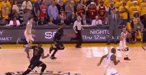 """Решающий блок-шот """"Короля"""" Джеймса Баскетбол, Блок-Шот, LeBron James, Финал НБА, Гифка"""