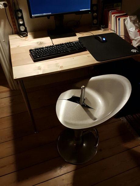 Опасный стул 9gag, не мое, стул, сломал
