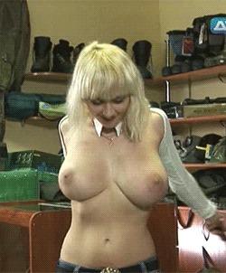 Голые и смешные девушка с большой грудью #1