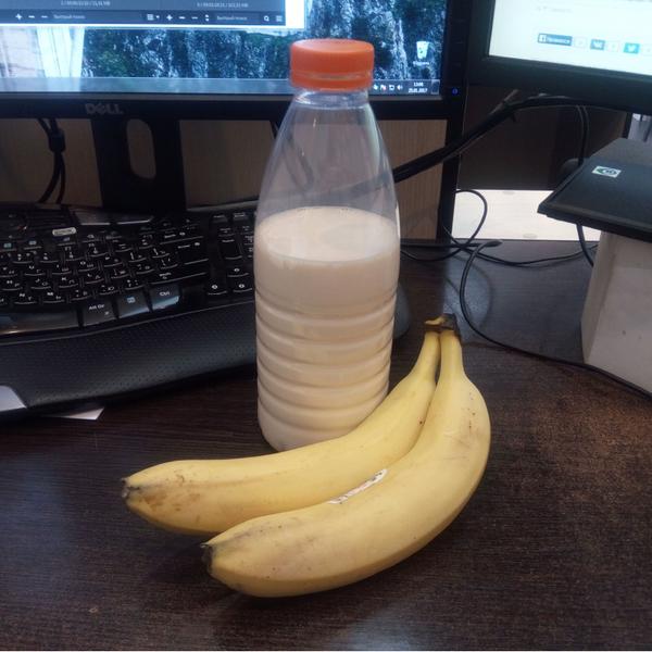 Про обеды Обед, мейнстрим, фото, кушать, банан, молочко, работа