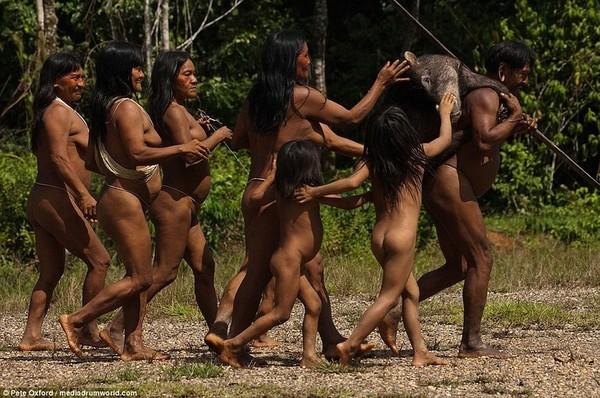 Африканское племя которое растягивает член